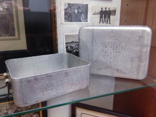 Mess tins belonging to Items belonging belonging to POW, VX39853