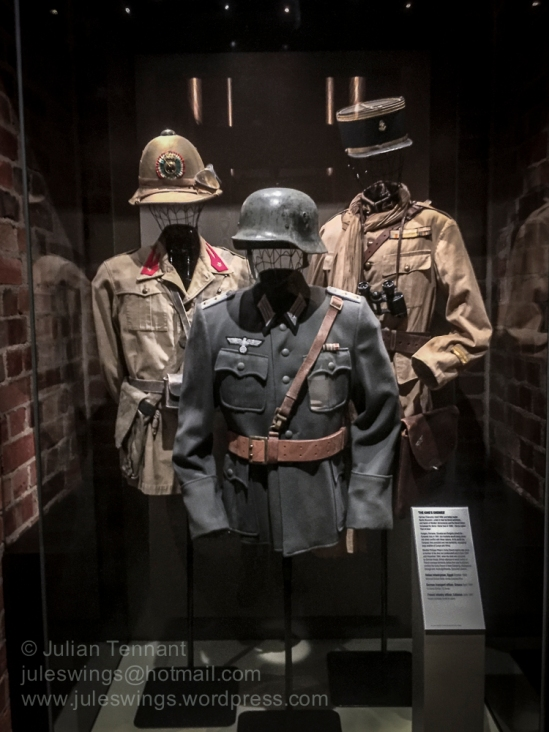Italian, German and French uniforms in the Second World War Gall