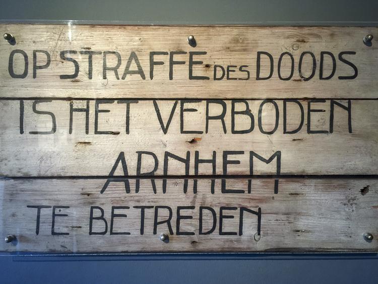 airborne museum hartenstein diorama sign-01