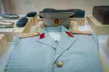 PAVN Genera's uniform. Photo: Julian Tennant