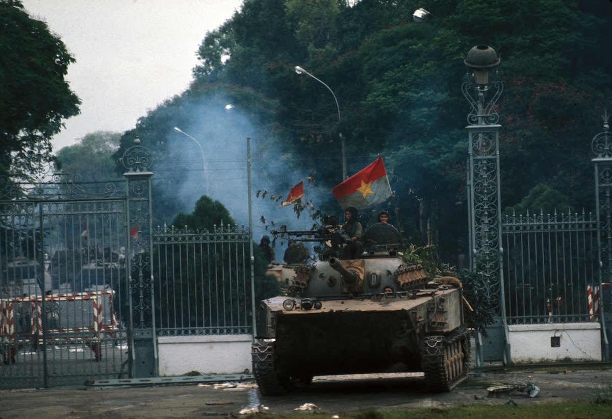 War of Vietnam. Saigon's fall. Taken of the presid