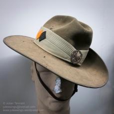 Western Australia based Regional Force Surveillance Unit, the Pilbara Regiment, slouch hat featuring the unit colour patch (UCP) and cap badge. Photo: Julian Tennant