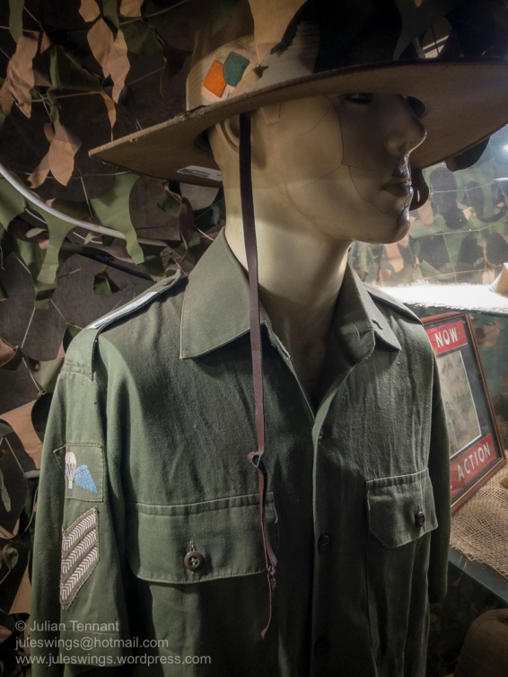 Early NORFORCE uniform. Note the felt unit colour patch on the slouch hat and the privately purchased basic parachutist badge on jungle green backing. Photo: Julian Tennant