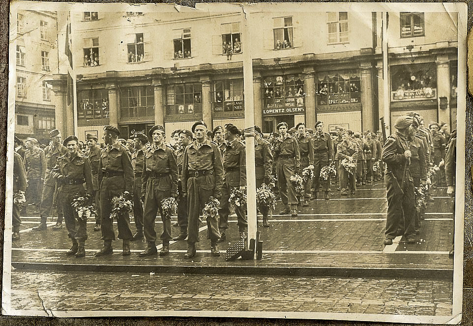 1st SAS on a victory parade in Norway at the end of the war