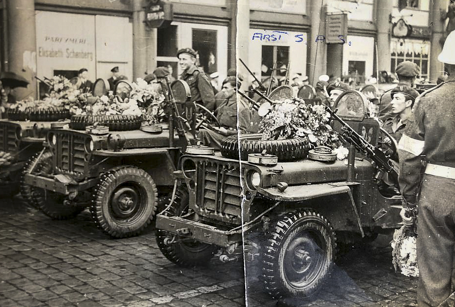 Trooper Casey's photo album - Rare picture of 1st SAS parading in their heavily armed jeeps in Norway at the end of the war