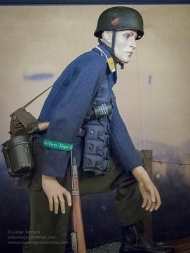 1 Overloon Oorlogsmuseum Fallschirmjäger collection early years-3