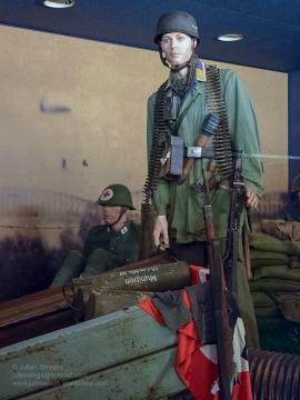 1 Overloon Oorlogsmuseum Fallschirmjäger collection early years-4