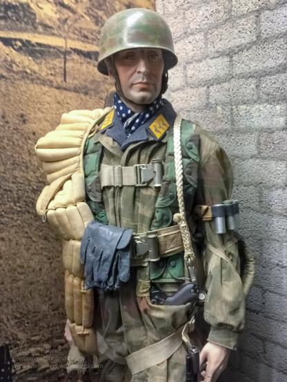 2 Overloon Oorlogsmuseum Fallschirmjäger collection Africa-6