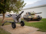 L5 105mm Pack Howitzer and Leopard AS1 tank at the Birdwood Military Museum / RSL, Geraldton. Photo: Julian Tennant